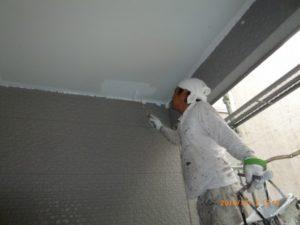 軒天井 塗装1回目