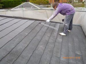 屋根 塗装中塗り2回目