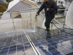 太陽光パネル高圧洗浄