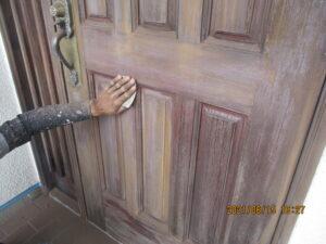 玄関ドア木部ケレン